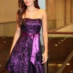 Gorsetowa sukienka z koronką liliowa