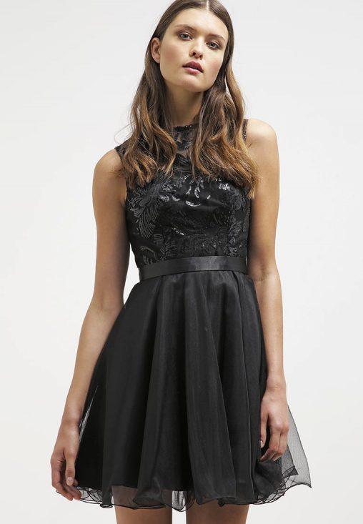 Czarna koktajlowa sukienka odkryte plecy