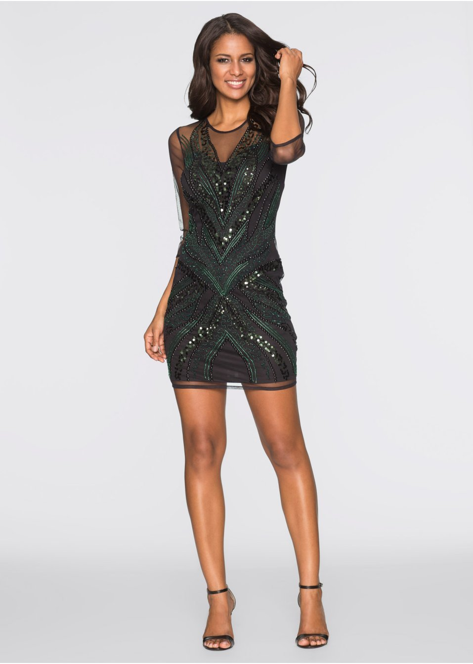 Sylwestrowa czarna sukienka z cekinami
