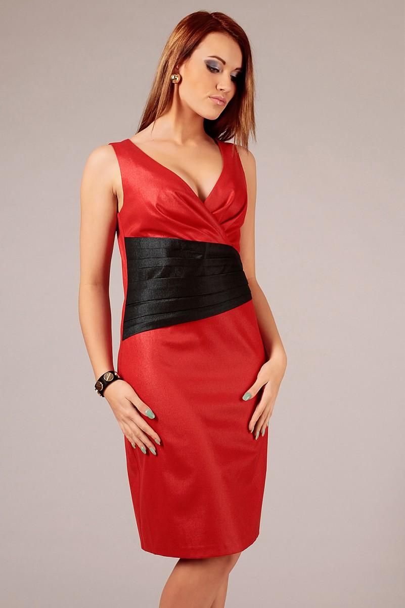 Czerwona sukienka wizytowa midi