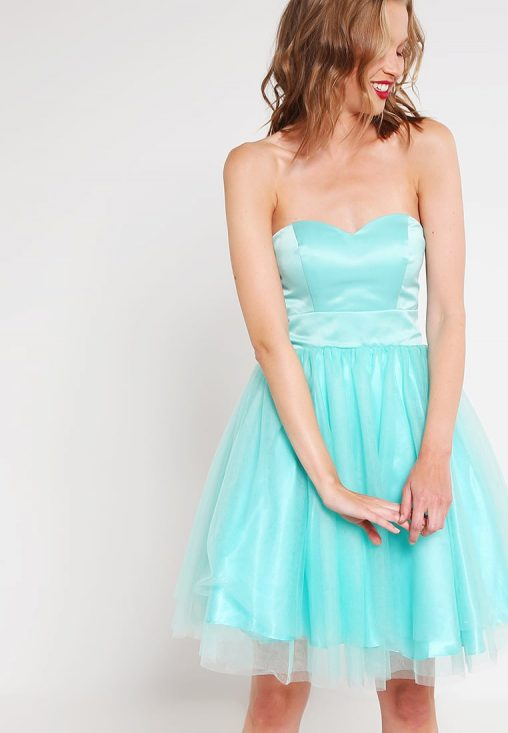 Koktajlowa gorsetowa sukienka tiulowa