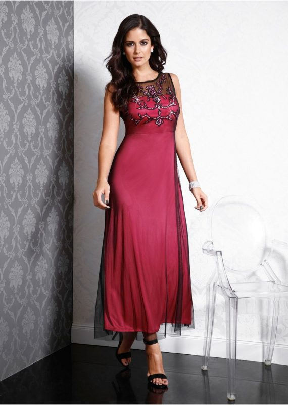 Długa suknia na wesele kreacja z cekinami