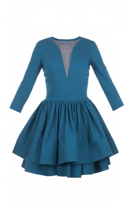 Szmaragdowa sukienka z falbankami i siateczką