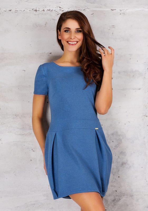 Niebieska sukienka bombka krótki rękaw