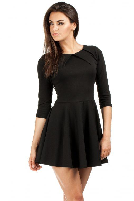 czarna sukienka młodzieżowa rozkloszowana