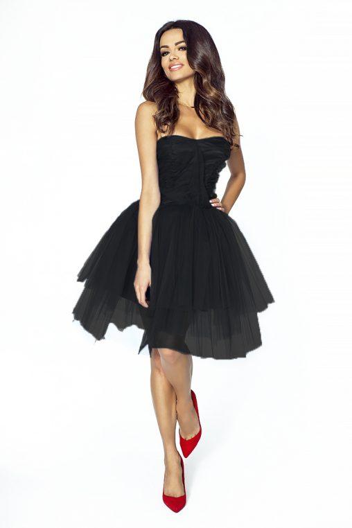 Czarna tiulowa sukienka wieczorowa na wesele