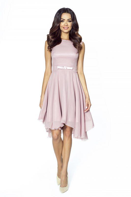 sukienka dopasowana w talii pudrowy róż