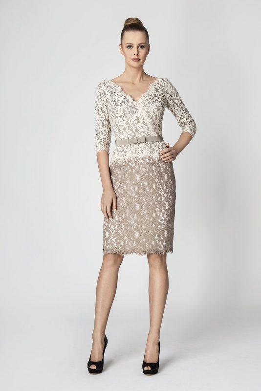 wizytowa sukienka z koronki brązowo beżowa