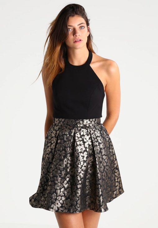 Koktajlowa sukienka czarna ze złotym odcieniem