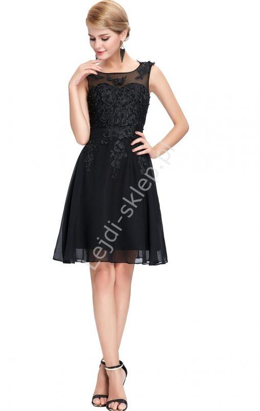 Sukienka na wesele czarna