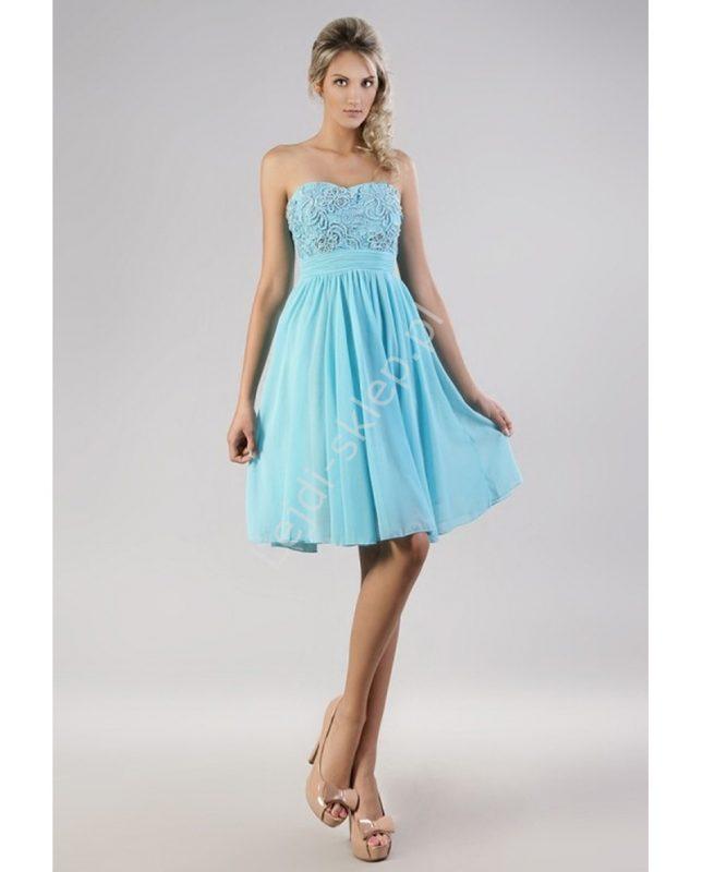 Turkusowa sukienka z koralikami na wesele