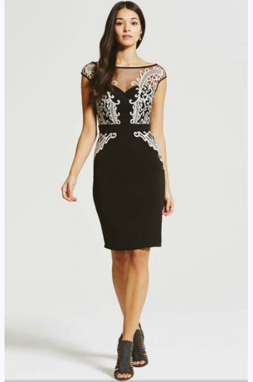 czarna elegancka sukienka na wesele