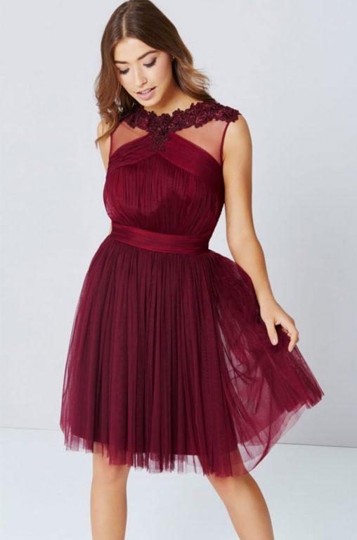 Bordowa sukienka wieczorowa