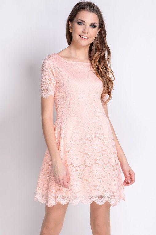 Koktajlowa sukienka koronkowa pudrowa