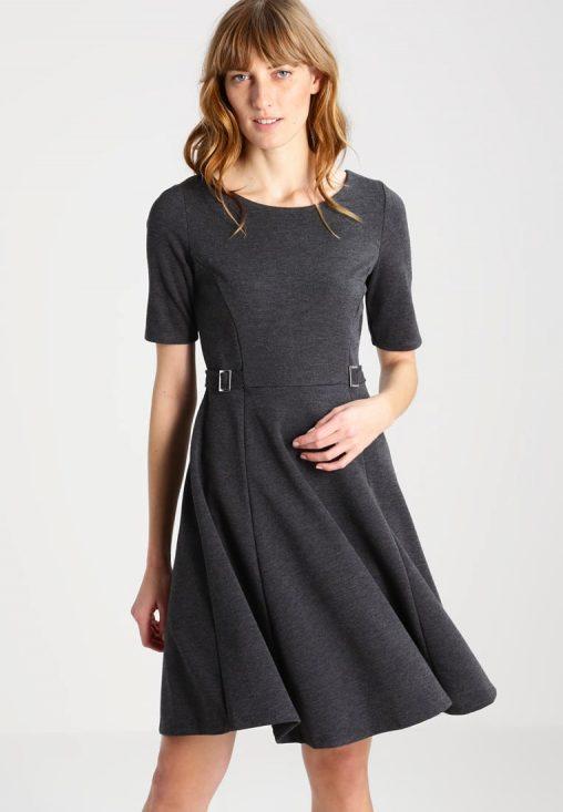 Szara rozkloszowana sukienka koktajlowa