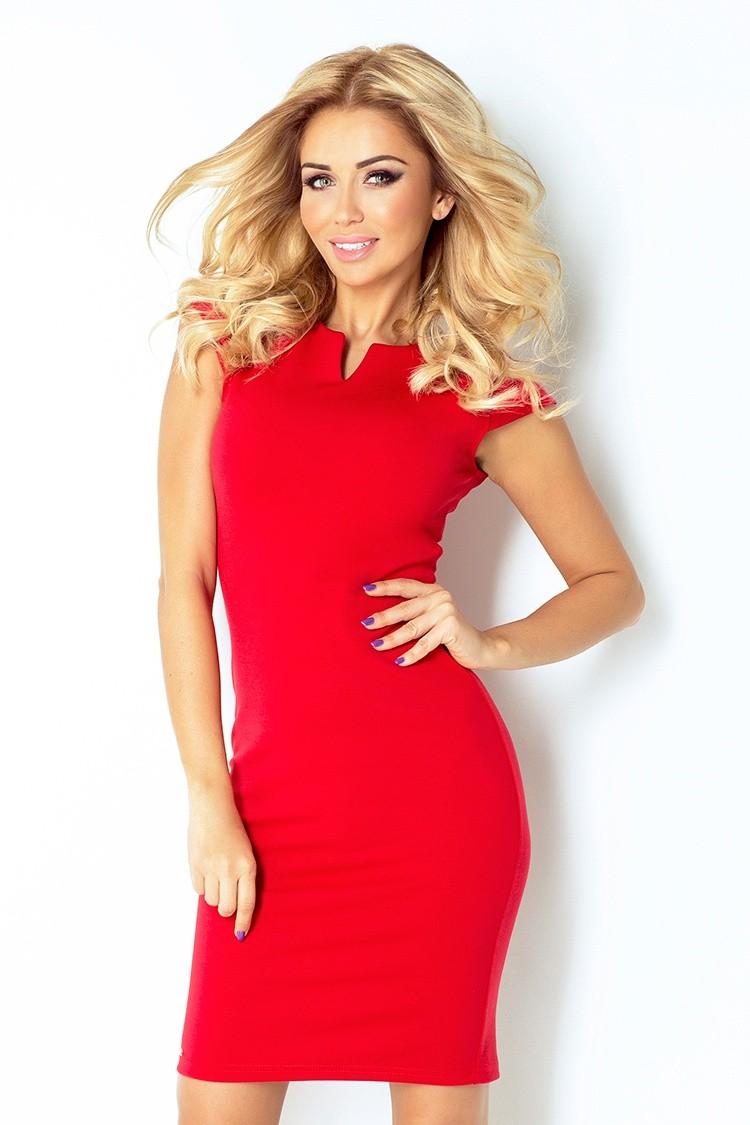 Klasyczna obcisła czerwona sukienka