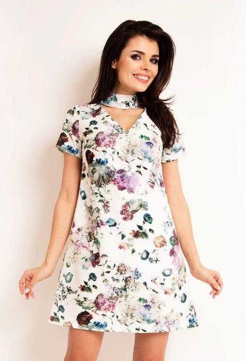 Letnia sukienka w kwiaty, z szarfą na szyi