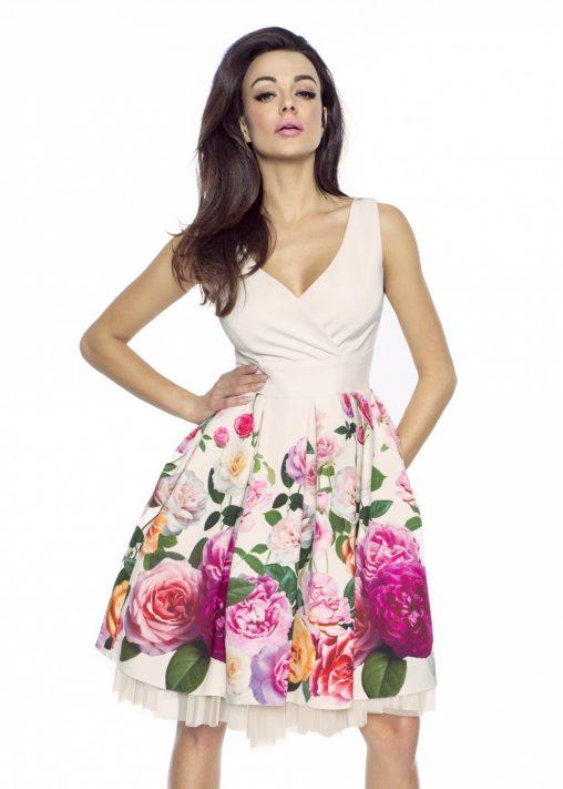 Beżowa letnia sukienka w róże