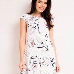 Prosta luźna sukienka na lato biała
