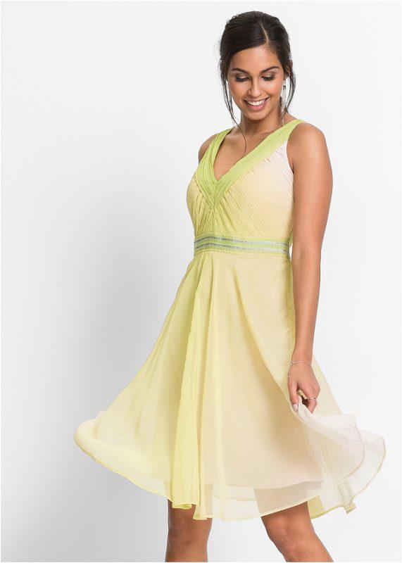 Jasno zielona sukienka letnia