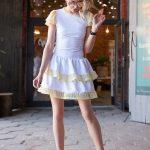 Biała sukienka na lato falbanki z siateczki