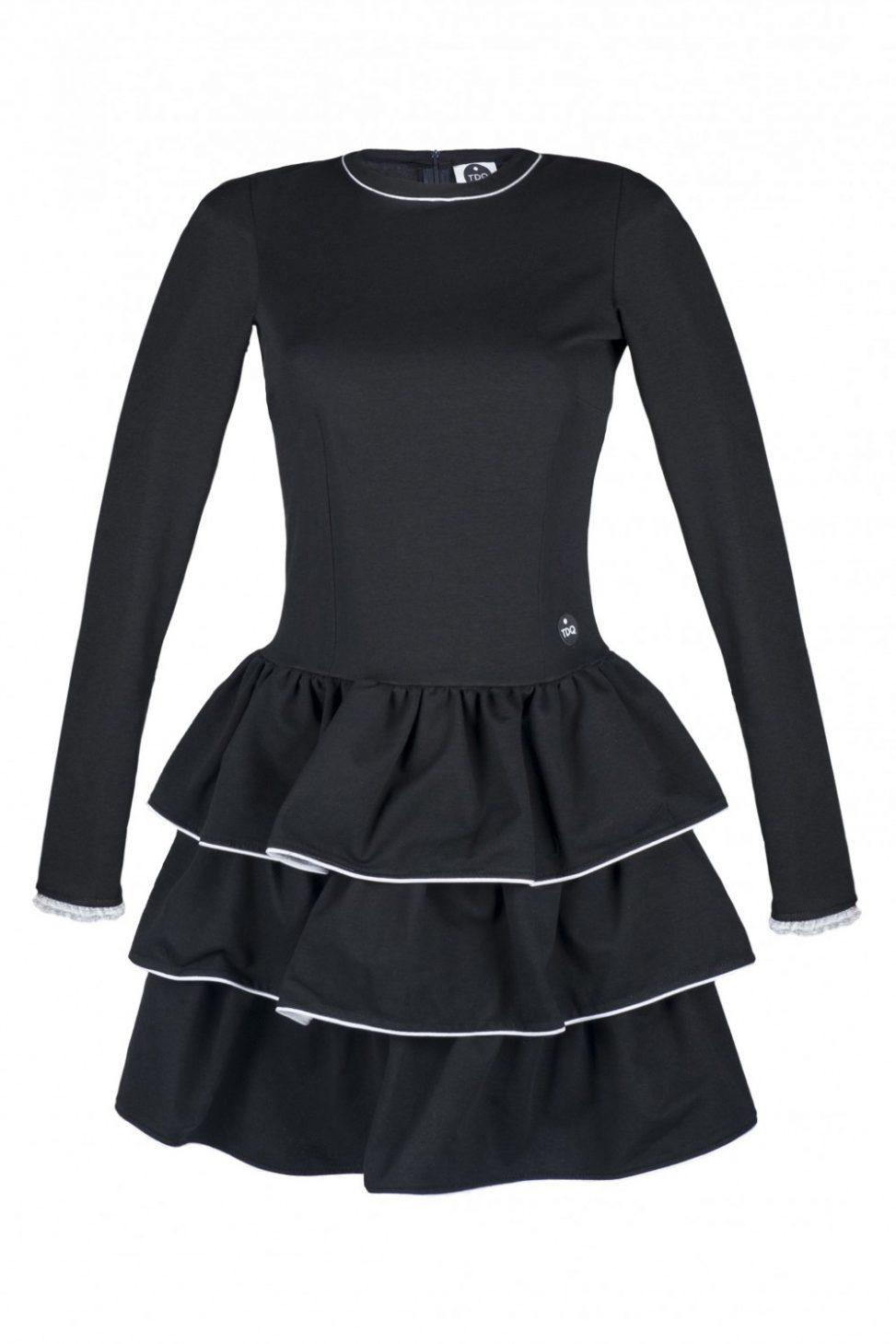 Czarna sukienka koktajlowa z falbankami