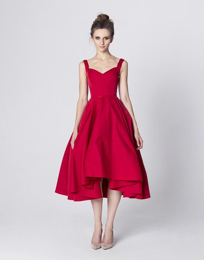 Czerwona koktajlowa sukienka w stylu retro