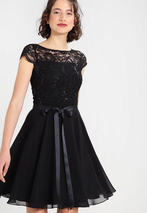 Czarna sukienka z koronką i cekinami