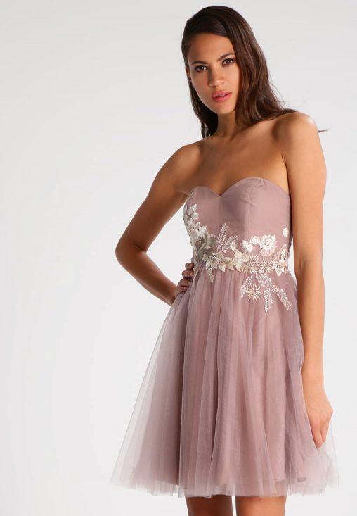 Gorsetowa sukienka z odpinanymi ramiączkami