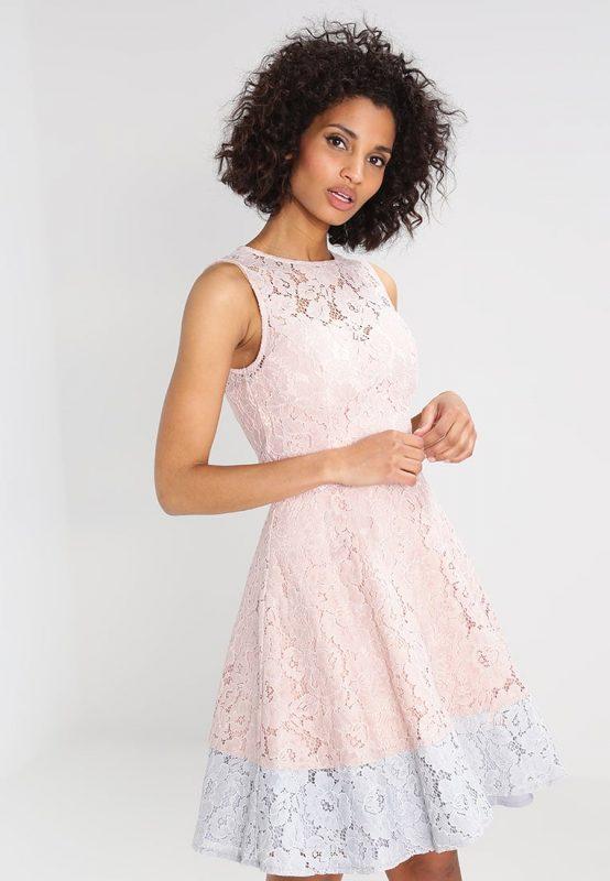 Dwukolorowa koronkowa sukienka na lato