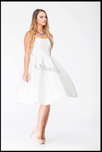 Biała sukienka na studniówkę i wesele