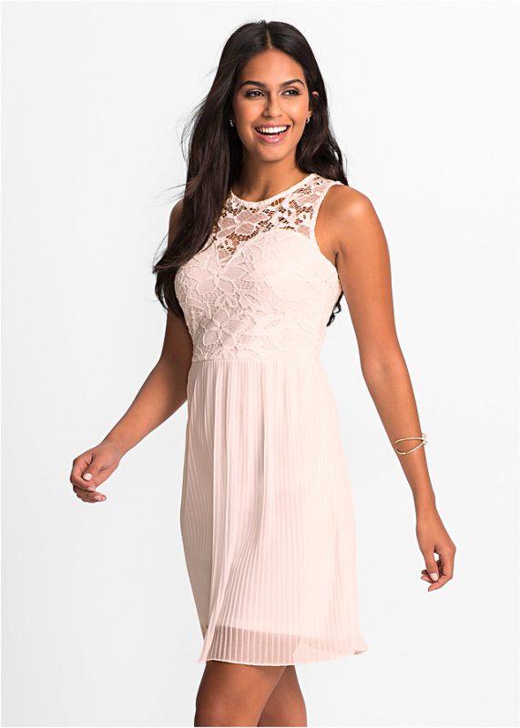 Plisowana sukienka z koronką różowa