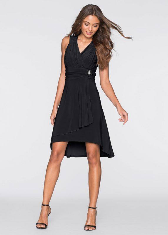 Czarna marszczona sukienka z broszką