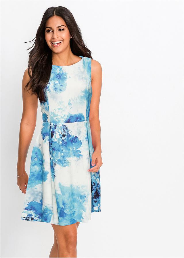 Letnia sukienka we wzory