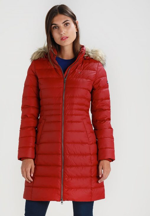 Czerwona długa puchowa kurtka zimowa