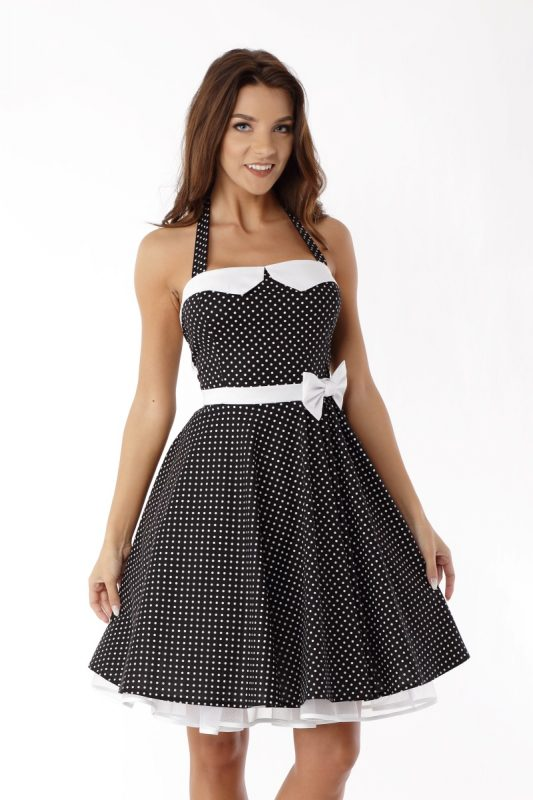 Czarna sukienka vintage style