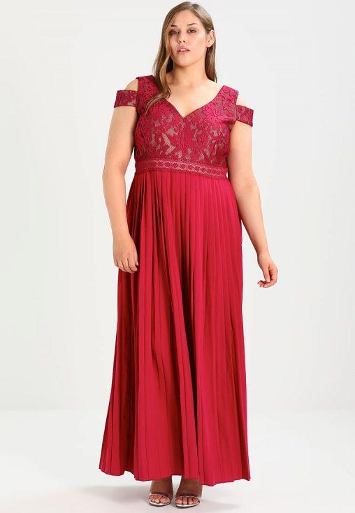 Czerwona sukienka balowa plus size