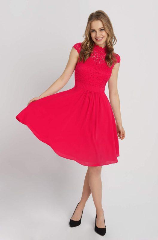 Rozkloszowana sukienka z koronkową górą różowa