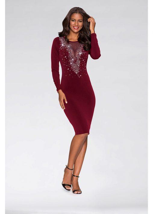 Wieczorowa sukienka z kamieniami czerwona