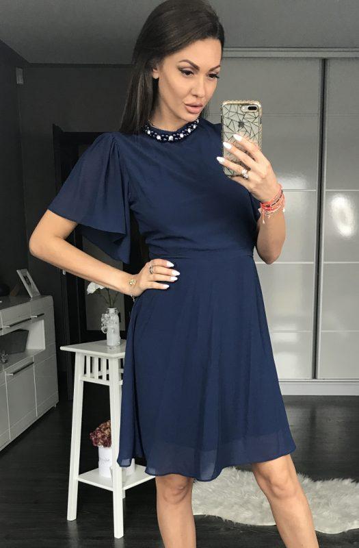 Granatowa koktajlowa sukienka z szyfonu
