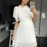 Biała koktajlowa sukienka z szyfonu