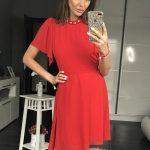 Czerwona koktajlowa sukienka z szyfonu