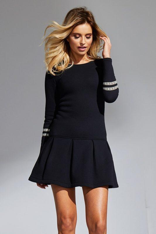 Czarna sukienka dresowa