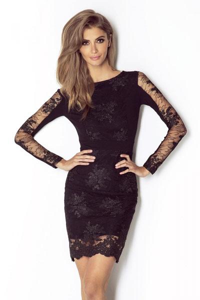 Obcisła sukienka z koronki czarna