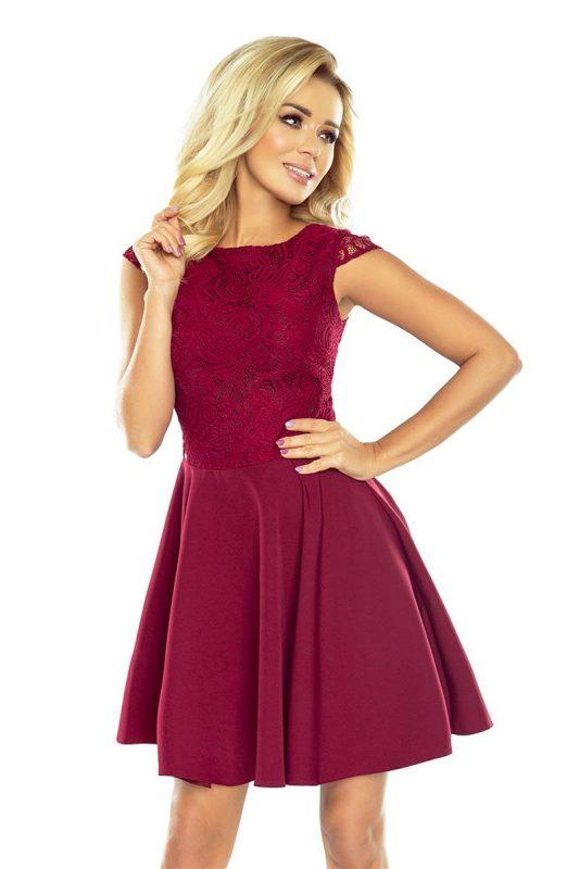 Rozkloszowana bordowa sukienka koktajlowa