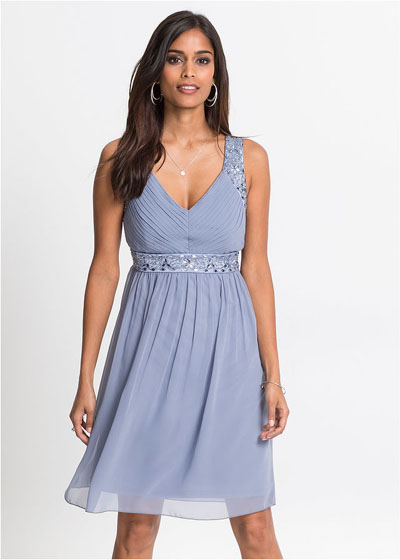 Zwiewna sukienka koktajlowa niebieska
