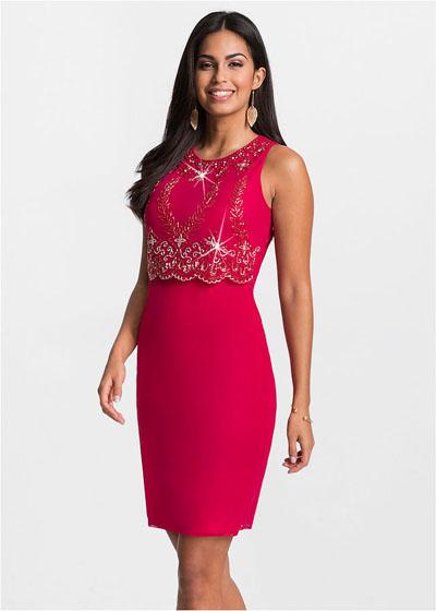 Elegancka czerwona sukienka z haftem