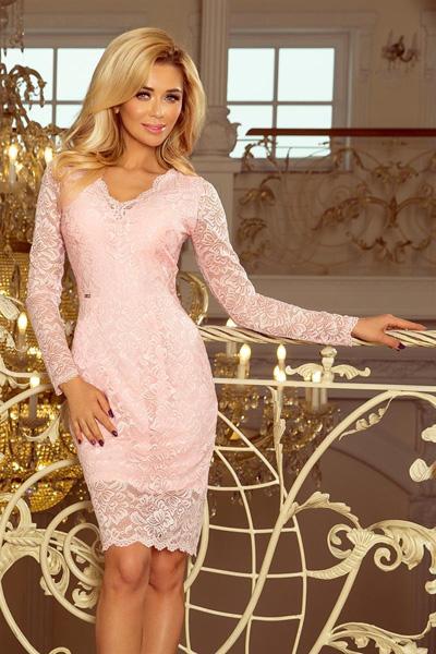 Koronkowa sukienka z długim rękawem różowa