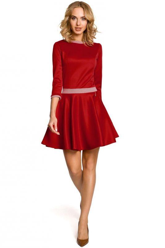 Elegancka rozkloszowana sukienka z koła czerwona