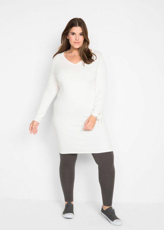 Dzianinowa sukienka sweterkowa plus size biała